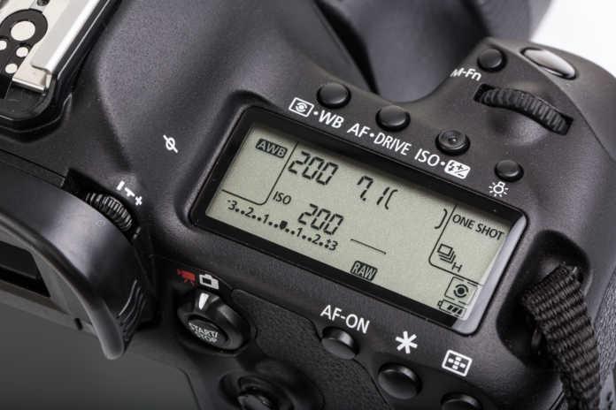 basic-camera-settings-696x464